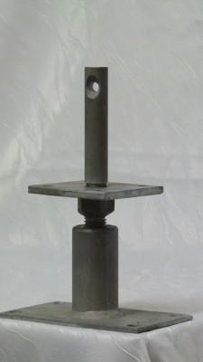 Stützenfuß höhenverstellbar 130 mm Grundhöhe feuerverzinkt